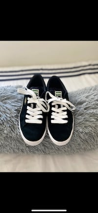 Womens Size 8, Mens Size 6.5