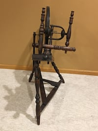 Antique Spinning wheel circa 1920-1930's