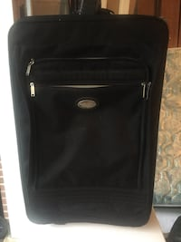 Used condition luggage. One leg missing. But everything works great.  Mississauga, L5J 4E6