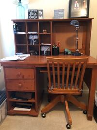 Solid wood desk Fort Mill, 29707