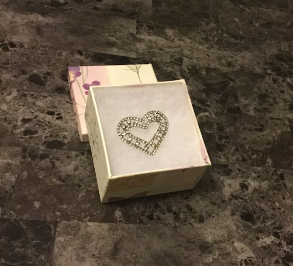 beautiful Austrian crystal heart brooch with box( perfect for valentines gift )