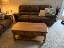 coffee Table oak with drawers