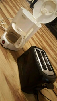 5 Cup Coffe Maker & Toaster League City