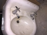Vintage Cast Iron Sink Portland, 97214