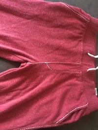 True Religion red big T sweat pants men's size small. I them war twice and they fitted big and long Toronto, M1K 3N4