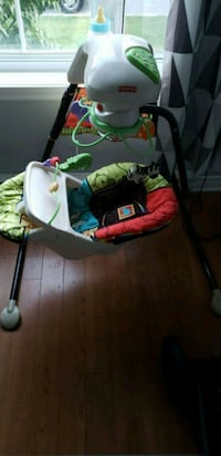 baby swing Laval, H7W 0A7