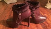 Guess brown leather boots Toronto, M4J 3Y4