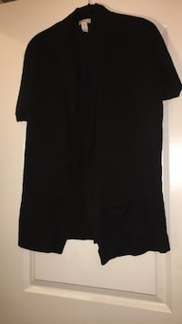 Size 0 Black short sleeve sweater with  pockets  (Chicos) Triangle, 22172