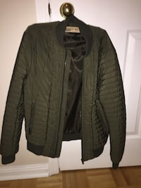 H&M zip up jacket small Vaughan, L6A 2Y3