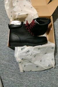 Men's size 12 roots tuff boots