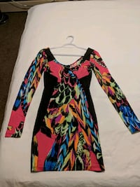 Multicolored dress size small Calgary, T2E 0B4