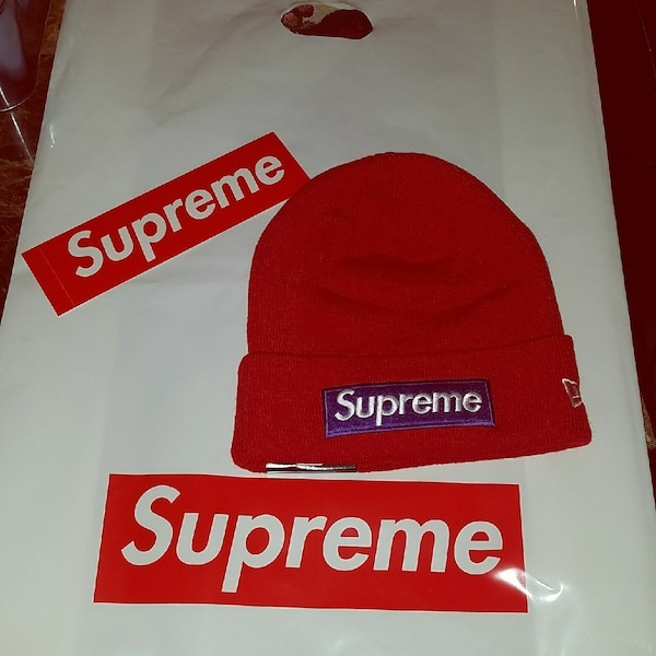 482aa9af64da2 Used Supreme beanie sold out brand new with tags    for sale in New York -  letgo