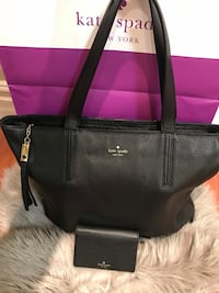 Kate spade large tote with matching wallet  Mississauga, L5V 2Y8