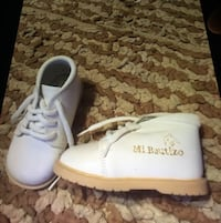 Baby shoes size 3 1/2 Glendale, 91205