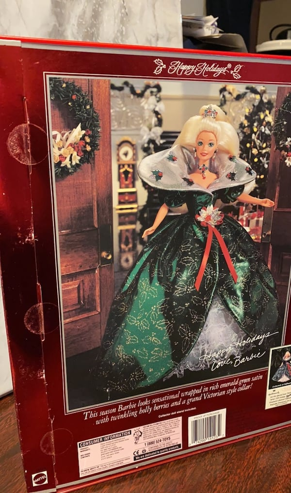 Special edition holiday Barbie 2a1d6412-6322-4eff-a857-0731a6bf9d4e