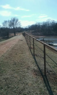 Custom fence building and General contracting