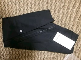 Lululemon leggings  fast and free,  size  4, new