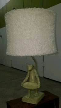 FROG LIGHT $30 (lampshade not included) Phoenix, 85016