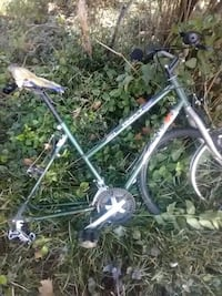 Huffy 21 speed, needs tires Baltimore, 21216