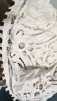 Elegant table clothes and napkins