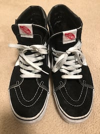 Vans High Tops Mens sz 11 Burnaby, V3N 5C1