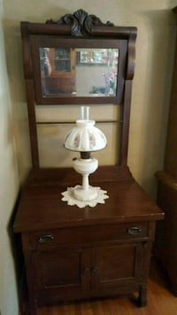 Antique Wash Stand Benton, 42025