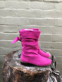 pair of pink suede mid-calf boots Modesto, 95351
