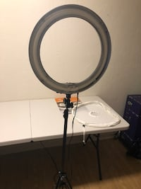 Dimmable Ring Light w/ filter and stand Tallahassee, 32304