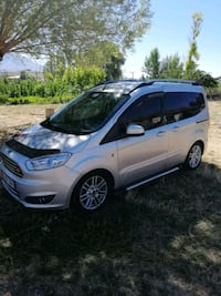 2015 - Ford - Courier Izmir
