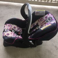 baby's black and pink floral car seat carrier Spring, 77373