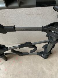 Like new KUAT bike rack holds 3 bikes $250