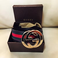 gold-colored buckle Gucci buckle with leather belt and box