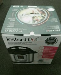 white and black Hamilton Beach slow cooker box Hagerstown, 21740