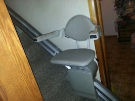 Electric chair lift stair climber