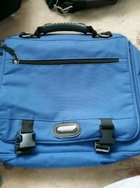 New laptop case or bag  Hamilton, L9A 5H1