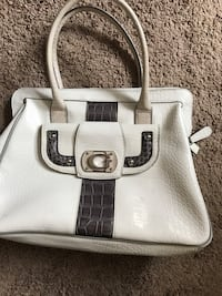 White and brown guess bag Edmonton, T5X 0H2