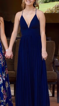 Navy blue long prom dress size S/M Loomis, 95650