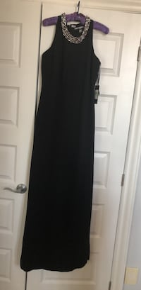 New : Karl Lagerfeld elegant long black dress ;size 8 Laval, H7X 3K4