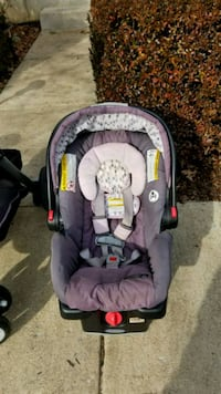 baby's gray and black car seat carrier Woodbridge, 22192