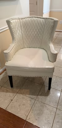 Elegant Home Chair Chantilly