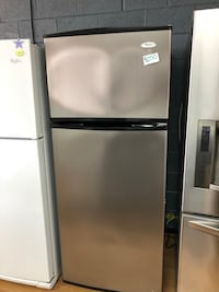 Whirlpool stainless steel top freezer refrigerator