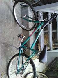 teal mountain bike specialized Edition Vallejo, 94590