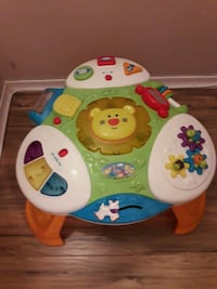 Baby stand and play table Toronto, M1E
