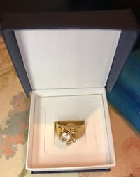 Gold plated faux diamond ring Alexandria, 22304