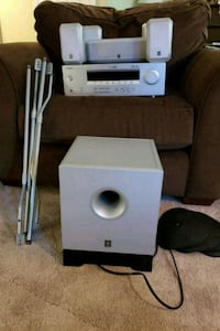 Surround sound system with receiver and sub Fairfax, 22033
