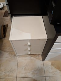 3-Drawer White Night Stan's Vaughan, L4J