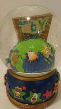 EBay Snow globe Collectors Limited  Coquitlam, V3J 3X6