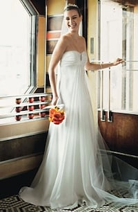 Galina, ivory wedding dress Fairfax, 22032