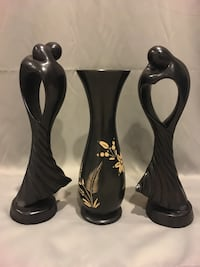 Pair of black wooden vase and figurines Woodbridge, 22191