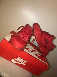Red huraches $100 obo . Size 7y Lancaster, 93535